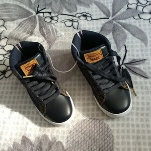 Size 12 high top Levi's shoes